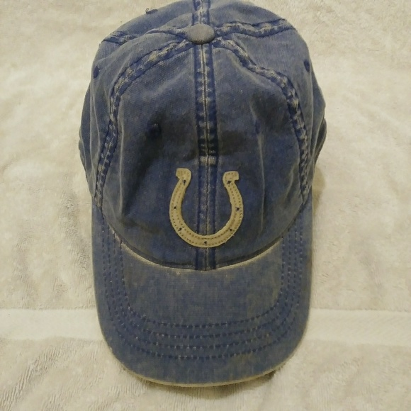 f2043cf9 Reebok Brand NFL Indy Colts Flexfit Hat!